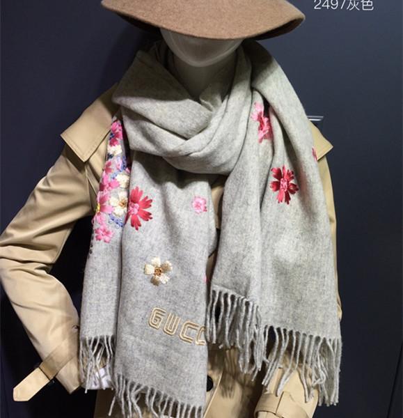gucci围巾...